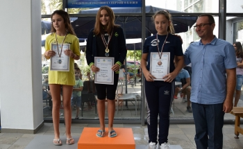 Приключи Europe Schools Junior Swimming Tournament 2016